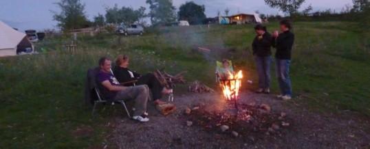 Kampvuur op de camping